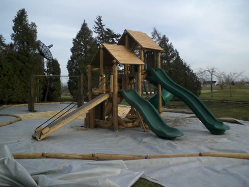 Lake George Ponderosa by Bears Playgrounds