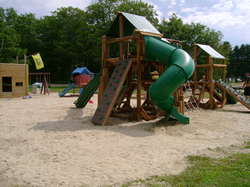 KOA Campground playground by Bears Playgrounds