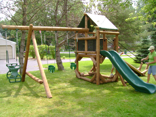 Rochester, NY: Proudest Monkey Tree Fort by Bears Playgrounds