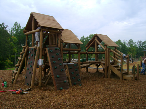 Shenandoah Valley resort by Bears Playgrounds